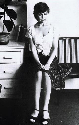 PaulaMeadows-waiting